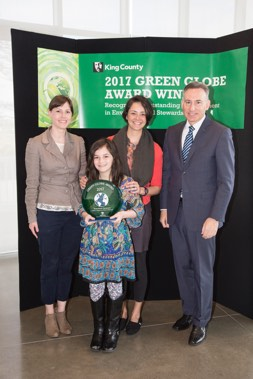 0417KCgreenGlobeAwards111